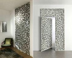 Apresentada na #FeiraDeMilão2016, o Boisè é um novo conceito de painel de madeira com porta integrada (by B+P Arquitetos para ALBED).   #arquitetura #porta #door #arquiteturaeinteriores #feirademilão #isaloni2016 #milandesignweek #boiserie #moucharabieh #painel #decoraçãodeinteriores #interiordesign #design #designdeinteriores #geométrica #parede #wall #paredegeométrica #pinturageométrica #milão #milano