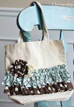 Ruffled library bag tutorial
