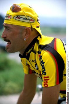 Marco Pantani in action during the 2002 Giro d'Italia