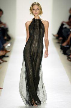Carolina Herrera Spring/Summer 2004 Ready-to-Wear New York