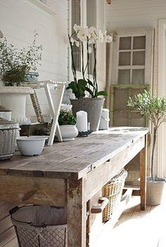 gotta love a good farm table