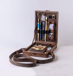 Writers Messenger Wood Box A5 for Moleskine Leuchtturm1917 | Etsy Vintage Clip, Moleskine, Metal Spring, Idee Diy, Pen And Watercolor, Writing Desk, Wood Boxes, Travelers Notebook, Walnut Wood