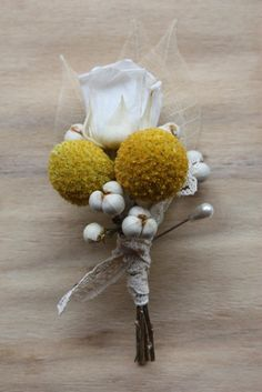 milk & honey corsage