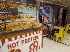 Pat BaMelach Artisan Bakery in Gush Etzion - Pat Bamelach Pretzels, How To Make Bread, Bat Mitzvah, Bakery, Artisan, Display, Fun, Floor Space, Billboard