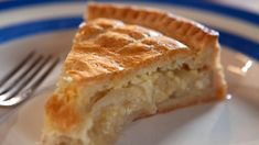 Cheese n Onion pie. butter, cut into small pieces. lard, cut into small pieces. self-raising flour, plus extra for dusting. For the filling. salt and freshly ground whi (pie crust uses mom) Cheese And Onion Pie, Cheese Pie Recipe, Cheese Pies, Cheese Quiche, Cheese Recipes, Pie Recipes, Cooking Recipes, Recipies, Budget Cooking