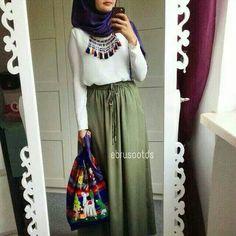 Khaki skirt with blue hijab and tassel fringe necklace Islamic Fashion, Muslim Fashion, Modest Fashion, Skirt Fashion, Hijab Fashion, Fashion Outfits, Fashion Muslimah, Fashion Trends, Modest Wear