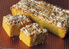 Тиквен сладкиш с хрупкава коричка     За хрупкавата коричка:    ¼  ч.ч.захар  ¼ ч.ч.кафява захар  ½ ч.ч. брашно  ¼  ч.ч.студено масло  ¼...