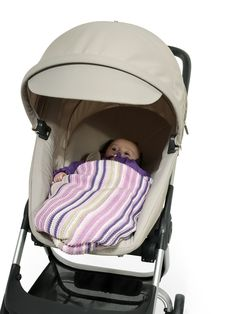 Suitable for newborn with 4 recline positions. Like all things Stokke, our strollers grow with your child.