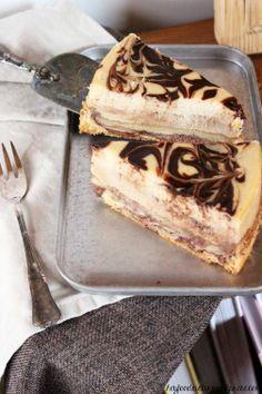 Espresso Chocolate Swirl Cheesecake #ichbacksmir #kaesekuchen