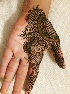 100+ Latest Mehndi Designs For 2019 | Simple, Arabic, Bridal etc. – The Good Look Book