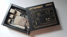 De LattePanda combineert de capaciteiten van een Raspberry Pi microcircuit met een geïntegreerde Arduino-chip en draait Windows 10.