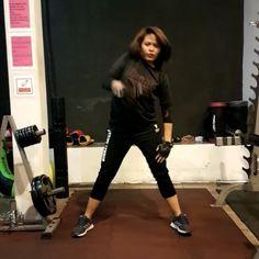 อยากเทรนเวสฟร..มาเปนแฟนพสนอง #sumalee #muaythai #boxing #k1 #fitness #fitspo #fitfam #fitness #motivation #nakmuay #fighter #phuket #thailand #videoart #videooftheday #team #strength #style #instafit #instagood #instalove #thaiboxing #training