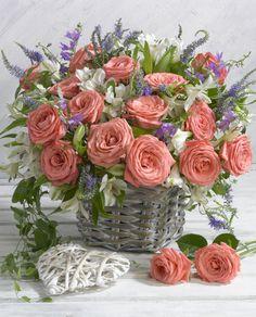 Marianna Lokshina - LMN38505_flowers