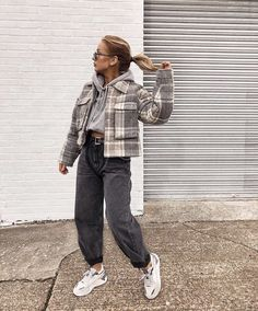 Trendy Fall Outfits, Casual Winter Outfits, Winter Fashion Outfits, Retro Outfits, Look Fashion, Vintage Outfits, Look 80s, Vetement Fashion, Look Vintage