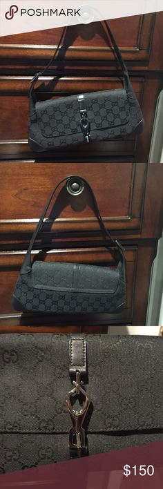 Gucci small handbag/evening bag Leather Handel, canvas handbag. Super cute! Inside zipper. Dust bag included.. Authentic! Very good condition Gucci Bags Shoulder Bags