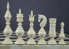 Google Image Result for http://www.thechesspiece.com/indian/SplitBishopGreen/splitbishop_chess_setGW600.jpg