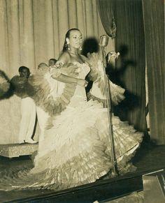 Celia Cruz performing in Havana in the 50s