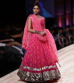 'The Jaipur Bride' by Anita Dongre bandhej gota patti lehenga perfecr for sangeet/navratras