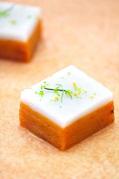 Talam Ubi (Steamed Sweet Potato Cake With Coconut Milk, Lemongrass and Kaffir Lime Leaves) | ~Elra's Cooking~