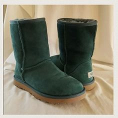 Green Uggs short boot size 8 These are in great condition! Didn't wear them as much as I would like, they weren't the right size, I ordered another green pair here on Posh & now these can go ☺️ no trades make an offer!✅ oh & follow me on Instagram @BeThriftyChic  UGG Shoes Winter & Rain Boots