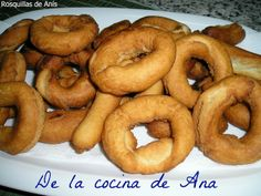 Rosquillas de Anís Mousse, Pasta, Bagel, Donuts, Bread, Food, Sweet Desserts, Crack Cake, Cookies