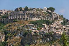Weboggi - Calabria - Un paesino calabrese nella top 10 dei borghi più belli d'Italia: ecco qual è [FOTO]