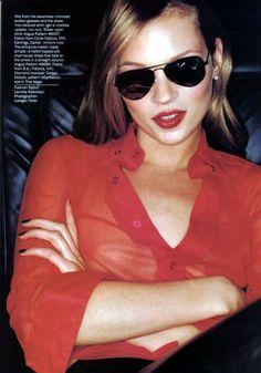Resultado de imagem para linda evangelista and kate moss 1994 marc jacobs