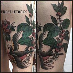 https://flic.kr/p/UUkcWj | Tatuaje golondrina y flores Pupa Tattoo Granada | Web: www.pupatattoo.es/  Citas: 958221280  #tattoo #tattoos #tatuaje #tatuajes #tattoogranada #ink #inked #inkaddict #timetattoo #tattooart #tattooartists