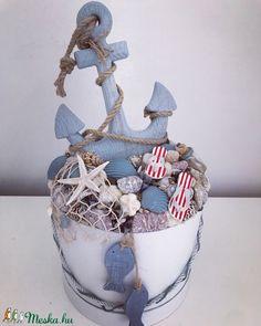Sea Crafts, Seashell Crafts, Diy And Crafts, Succulent Centerpieces, Diy Centerpieces, Nautical Design, Beach Design, Sailor Baby Showers, Beach Stores