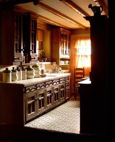 The Glenn Croft Kitchen  Left Wall View