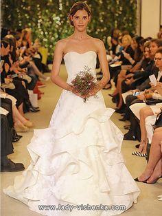 Schlichtes Brautkleid Foto-2016 — Carolina Herrera  Alle Brautkleid http://de.lady-vishenka.com/simple-wedding-dress-2016/