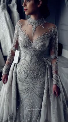 weddedwonderland on Instagram: Currently OBSESSED 😍 @leahdagloria ✨ #weddedwonderland #leahdagloria #weddingdress #weddingdressinspiration #bride #realbride #obsessed… Retro Wedding Dresses, Bohemian Wedding Dresses, Wedding Gowns, Wedding Saree Blouse Designs, Red Carpet Dresses, Bridal Lehenga, Celebrity Dresses, Occasion Dresses, Dress Collection