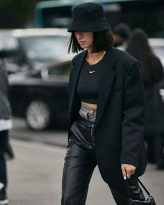 FASHIONISGREAT Circle Fashion Week Womens Bucket Hat