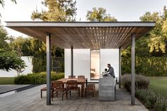 Best Ideas For Modern House Design & Architecture : – Picture : – Description Outdoor dining shaded by tzalam wood of weekend home by Asociacion de Diseno in Mexico. Concrete Patios, Outdoor Rooms, Outdoor Dining, Outdoor Decor, Porches, Gazebo, Steel Pergola, Weekend House, Shade Structure