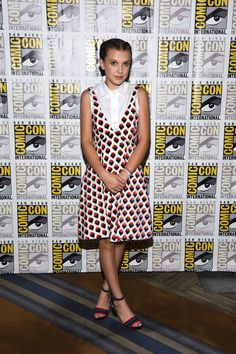 Comic Con See Gal Gadot, Charlize Theron, Millie Bobby Brown, and More Celebrities at the Festival Photos Post Malone, Millie Bobby Brown, Star Fashion, Daily Fashion, Fashion Tips, Bobbi Brown, Gal Gadot, Cara Delevingne, Brown Fashion