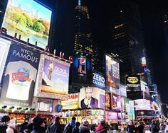 Imágenes publicitarias en Times Square
