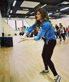 Chachi teaching. ♥ love her outfit