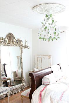 divine bedroom mirror of the lovely Maria @http://rustyhinge.blogspot.co.uk/