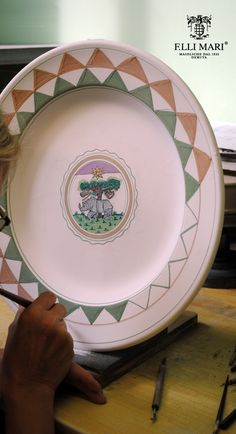 Selva - Rhinoceros. One of the contrades of the Palio. Work in progress... entirely hand painted and made in Italy! Italian ceramics made in Deruta. #italianceramics #handmade #madeinitaly #PaliodiSiena