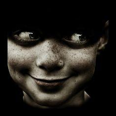creepy good :: Antonio Ysursa