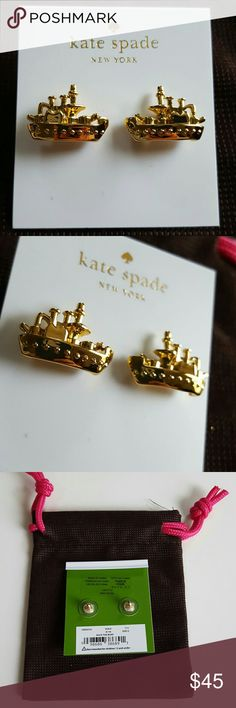 Kate Spade Ship Earrings These lovely post stud earrings are from Kate Spade and are detail boat ships and have smoke stacks and lines running on the top and the bottom has dots for port hole windows. These lovely Nautical ocean themed earrings are Retail Price $48 Approximate Dimensions: 0.5? x 0.5? 12-karat gold plated metal with enamel coating and Brand new unused with dust bag! Great with your favorite shirt and jeans. Other great Kate Spade items in my closet. kate spade Jewelry…