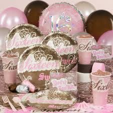 Country sweet 16 party idea Sweet 16 Themes, Sweet 16 Decorations, 16th Birthday Gifts, Sweet 16 Birthday, Sports Themed Birthday Party, Boy Birthday Parties, Cowgirl Birthday, Birthday Stuff, Birthday Ideas