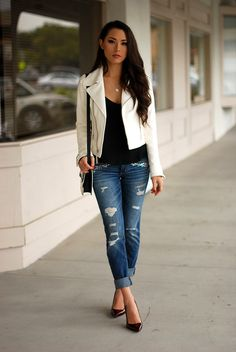 Exquisitely pretty dark-haired hapa model Jessica Ricks in torn jeans, a black top, and a white jacket. Denim Fashion, Fashion Outfits, Womens Fashion, Street Fashion, Latest Fashion, Luxury Fashion, Casual Chic, Smart Casual, Estilo Jeans