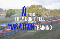 10 Things They Don't Tell You About Marathon Training. From the post run hunger to the chafing - 10 truths that happen whilst you're training for a marathon. Running Tips Beginner, Marathon Training For Beginners, Half Marathon Training, Marathon Diet, Marathon Nutrition, Marathon Motivation, Training Motivation, Running Humor, Running Workouts