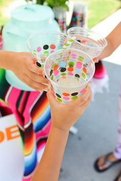 Easy large batch lemonade recipe and free printable decorations for your next summer lemonade stand. #ad #cheekylemonade