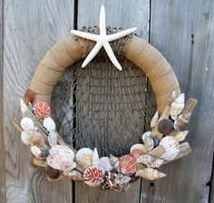 Smoothfoam ruled wreath with shells