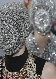 morsure:    maison martin margiela fall winter 2012 haute couture    i would so wear that face mask to rob a bank or s/t