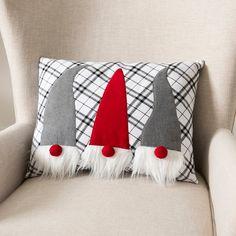 Christmas Applique, Christmas Sewing, Christmas Gnome, Christmas Projects, Christmas Ideas, Deco Table Noel, Christmas Cushions, 242, Christmas Decorations