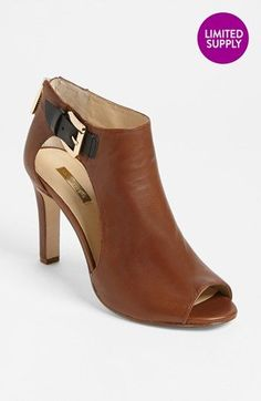 Louise et Cie 'Olivia' Bootie (Nordstrom Exclusive) (Online Only Color) available at I'm not a pants person, but when I find them this is the shoe I'm wearing! Fall Booties, Bootie Boots, Shoe Boots, Shoes Sandals, Ankle Boots, Women's Boots, Pretty Shoes, Beautiful Shoes, Cute Shoes
