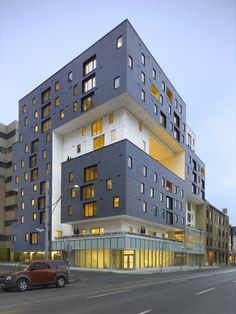 Building of the Year Housing: 60 Richmond Housing Cooperative / Teeple architecture Architecture Restaurant, Facade Architecture, Residential Architecture, Amazing Architecture, Contemporary Architecture, Social Housing Architecture, Installation Architecture, Architecture Interiors, Architecture Student